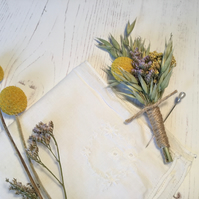 Boutonniere of dried flowers - LYSITHEA - wedding - groom