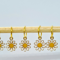Daisy Stitch Markers, stitch markers for knitting, stitch markers for crochet