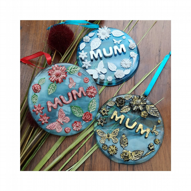 Handmade Fused Glass 3D Mum Round Floral Hanging Picture Decoration - Suncatcher