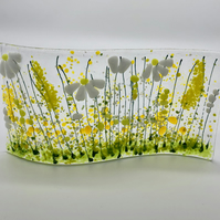 Flowering Garden - Daisies by Jules King (Argyll Glass Art)