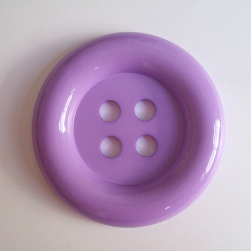 Lilac Button up brooch - 53mm