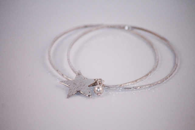 Sterling Silver bangle with star and pearl charm