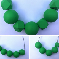 Handmade Green Wood Wooden Bead Beaded Necklace - Minimalist Geometric Contrast