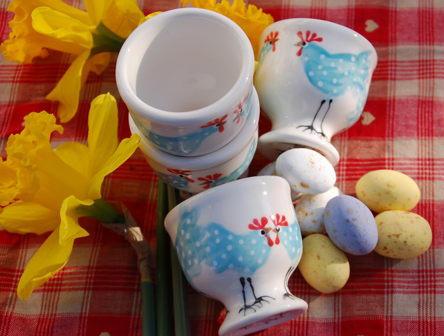 egg cup, blue chicken