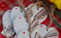 gift tags, hearts and buttons