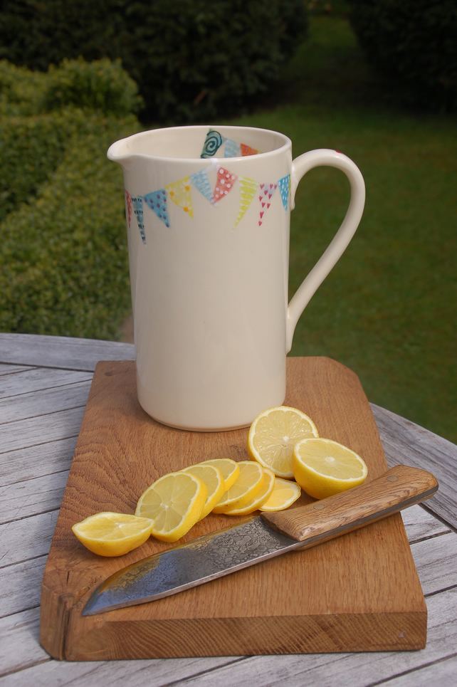Pimms pitcher, Endless Summer Bunting