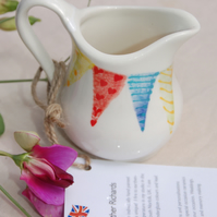 cream jug Endless Summer bunting