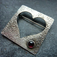 Queen of Hearts statement brooch