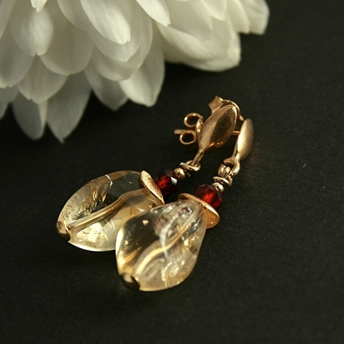 Honey - gold filled earring with citrines and garnets
