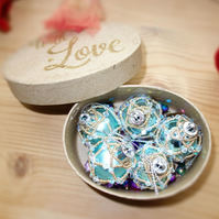 5 x Crystal Ice Blue  Victoriana Baubles Boxed