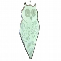 Stained Glass Owl Suncatcher, Engraved Stained Glass Owl, Green Owl Suncatcher