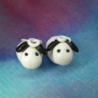 Pair of tiny lambs sheep fingertip OOAK Sculpt by Ann Galvin Gnome Village