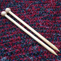Giant knitting needles 25mm for extreme knitting