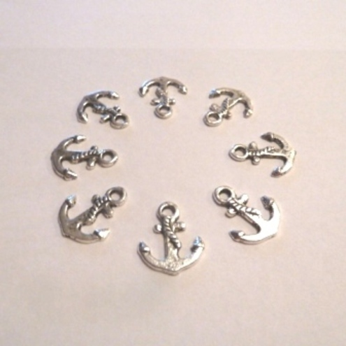 SALE 70% off 8 x Tibetan Silver Anchor Charms