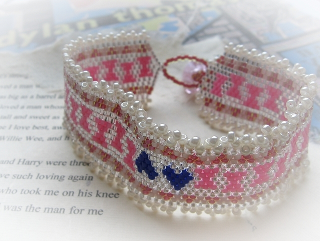 Polly Garter Bracelet for St. David's Day