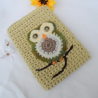 Hand Crocheted Pistachio Green Owl Kindle Nook Kobo E-reader Tablet Sleeve Cover