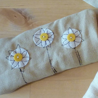 Glasses case daisy