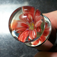 'Strawberry in Cream' - Flower Marble wine stopper
