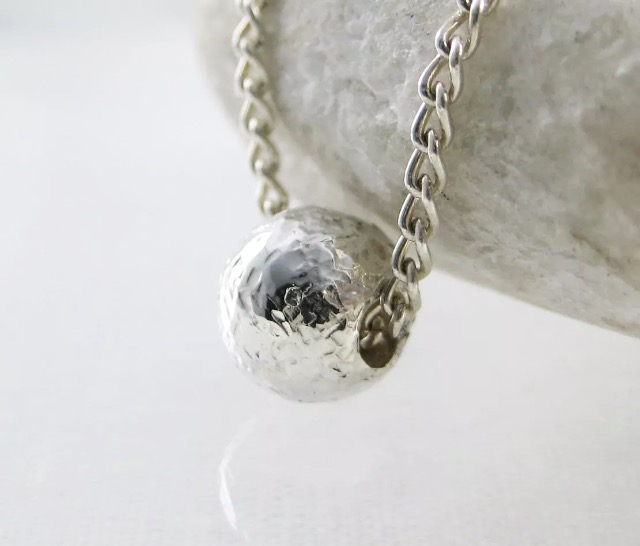 Sterling Silver Sparkly Hammered Solid Sphere Charm Necklace 16.5""