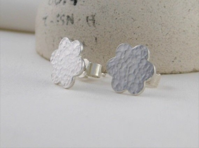 Sterling Silver Sparkly Hammered Flower Petal Ear Stud Earrings 10mm