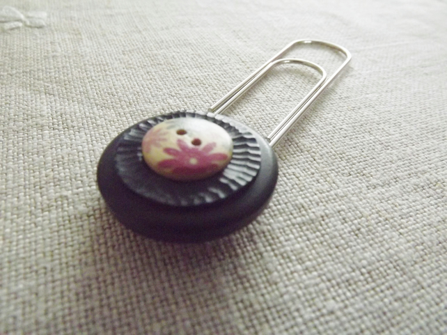 Button Bookmark