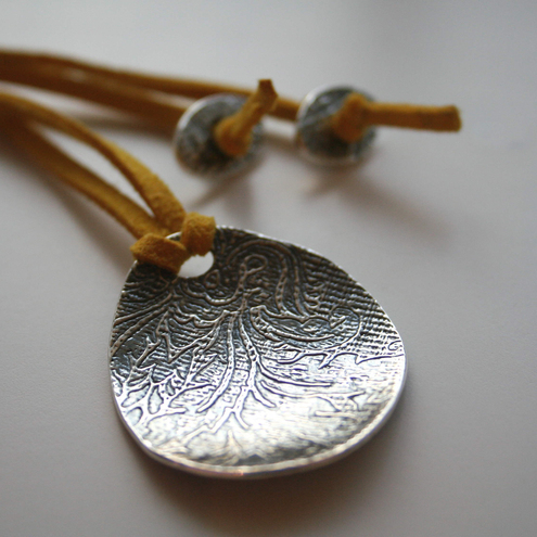 Declare Damask - Handcrafted Fine Silver Oval Pendant