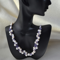 Freshwater Cultured Pearl & Swarovski Crystal Necklace