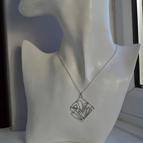 Filigree Sterling Silver Wire Work Tulip Flower Pendant Necklace