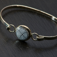 Black and White Bead Bangle