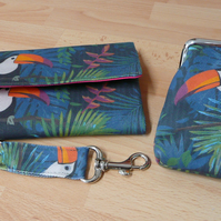 Purses and Wallets, Wallet, Gift Set, Keyring, Coin Purse, Toucan, Bird Print,