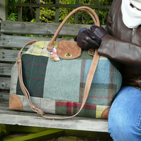 Patchwork weekend bag, Mary Poppins carpet bag, green tweed overnight bag