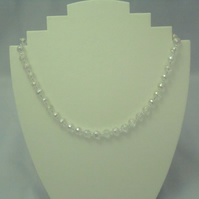 Sparkly crystal bead necklace (130)
