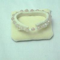 Rose quartz and clear crystal bracelet (42)