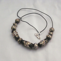 Black decorated glass beads necklace (445)