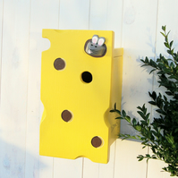 Cheese and Mouse Bird Box