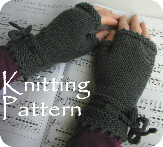 Knitting Pattern PDF The Piano Gloves