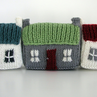 Mini Red Roof Croft House PDF Knitting Pattern