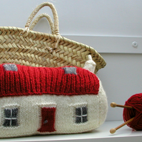 Red Roof Croft House PDF Knitting Pattern