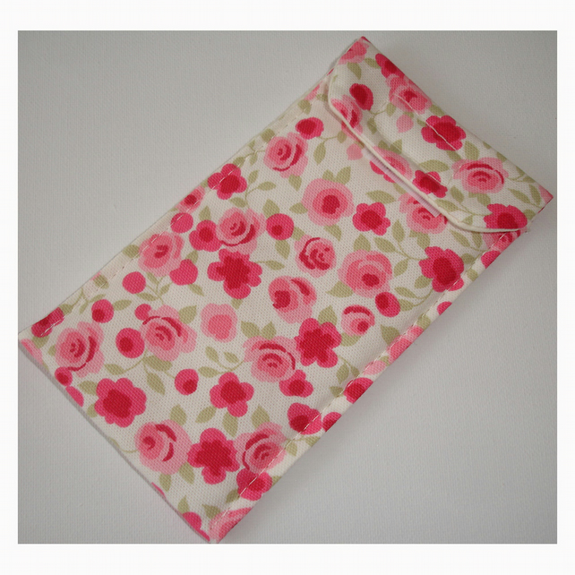 iPhone 5 Case Pink Ditsy Roses Flowers Phone Cover