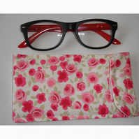 Glasses Case Pink Ditsy Roses Vintage Flowers