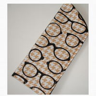 Black Designer Spectacles Glasses Case Beige Houndstooth