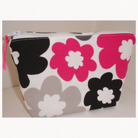 Fuchsia Pink Black And Grey Flowers Large Toiletries Underwear Wash Bag Case