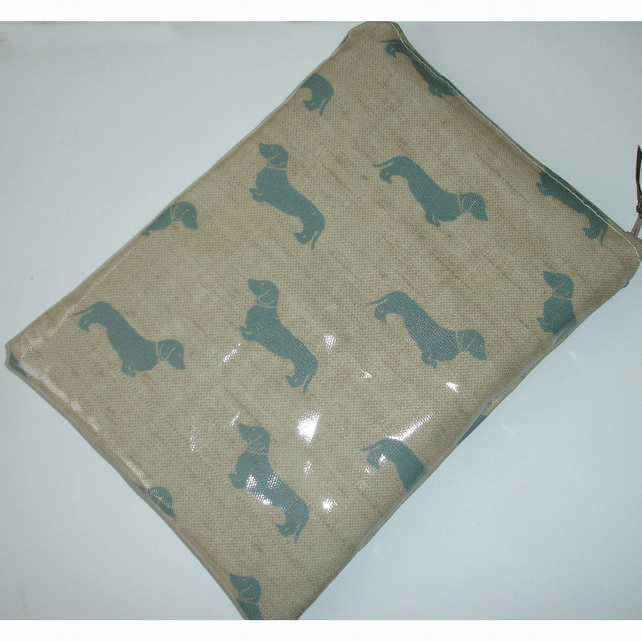 Tablet or Kindle Fire HD or HDX 7 7 inch Case Pouch Cover Dachsund Sausage Dogs
