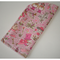 Liberty Alice In Wonderland Glasses Sleeve Pink Mad Hatter Case