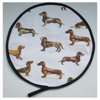 Aga Hob Lid Mat Pad Hat Round Cover Surface Saver Dachshund Sausage Dogs