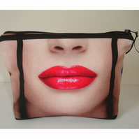Lips Toiletries Underwear Bag Pop Art Lipstick