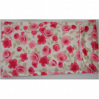 "Kindle Touch 6"" Paperwhite Case Cover Velcro Ditsy Pink Roses"
