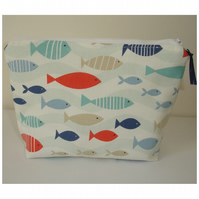Fish Cosmetic Make Up Purse