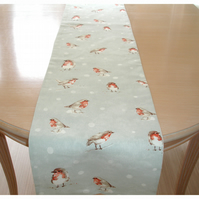 Christmas Table Runner Robin