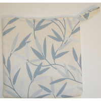 Laura Ashley Fabric Pot Holder Potholder Grab Pad Willow Leaf Seaspray Blue